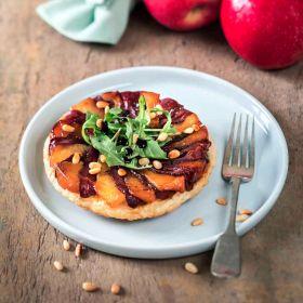 Tarte fine de pommes et magret séché