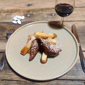 Magret de canard aux dragées, balsamique framboise, Millas poêlé